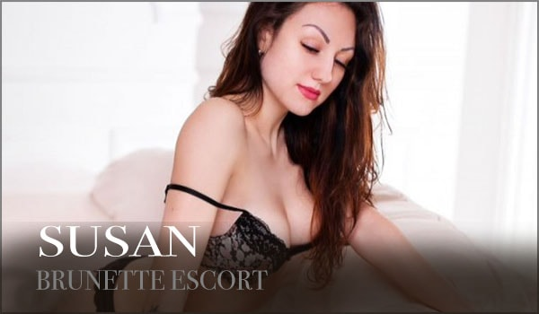 Italian Brunette London Escort
