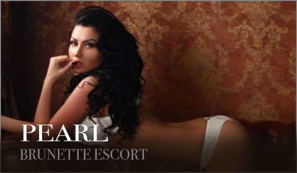 Luxury Brunette London Escort